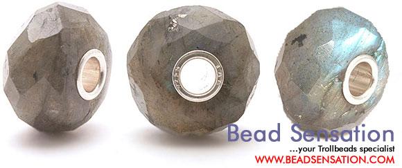 Драгоценные и поделочные камни  Trollbeads-limited-edition-gemstone-faceted-labradorite
